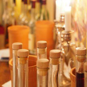 bottles-590896_1920